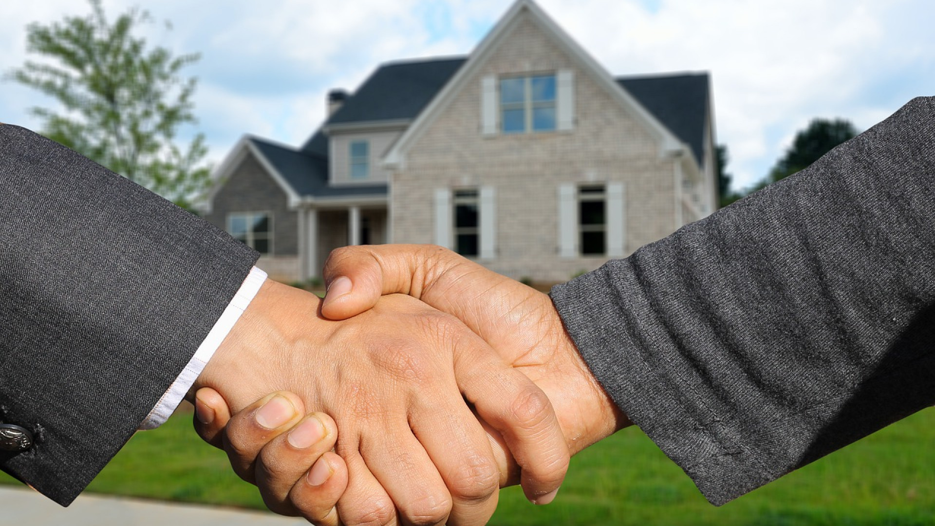 You are currently viewing Achat immobilier : pourquoi passer par une agence immobilière ?